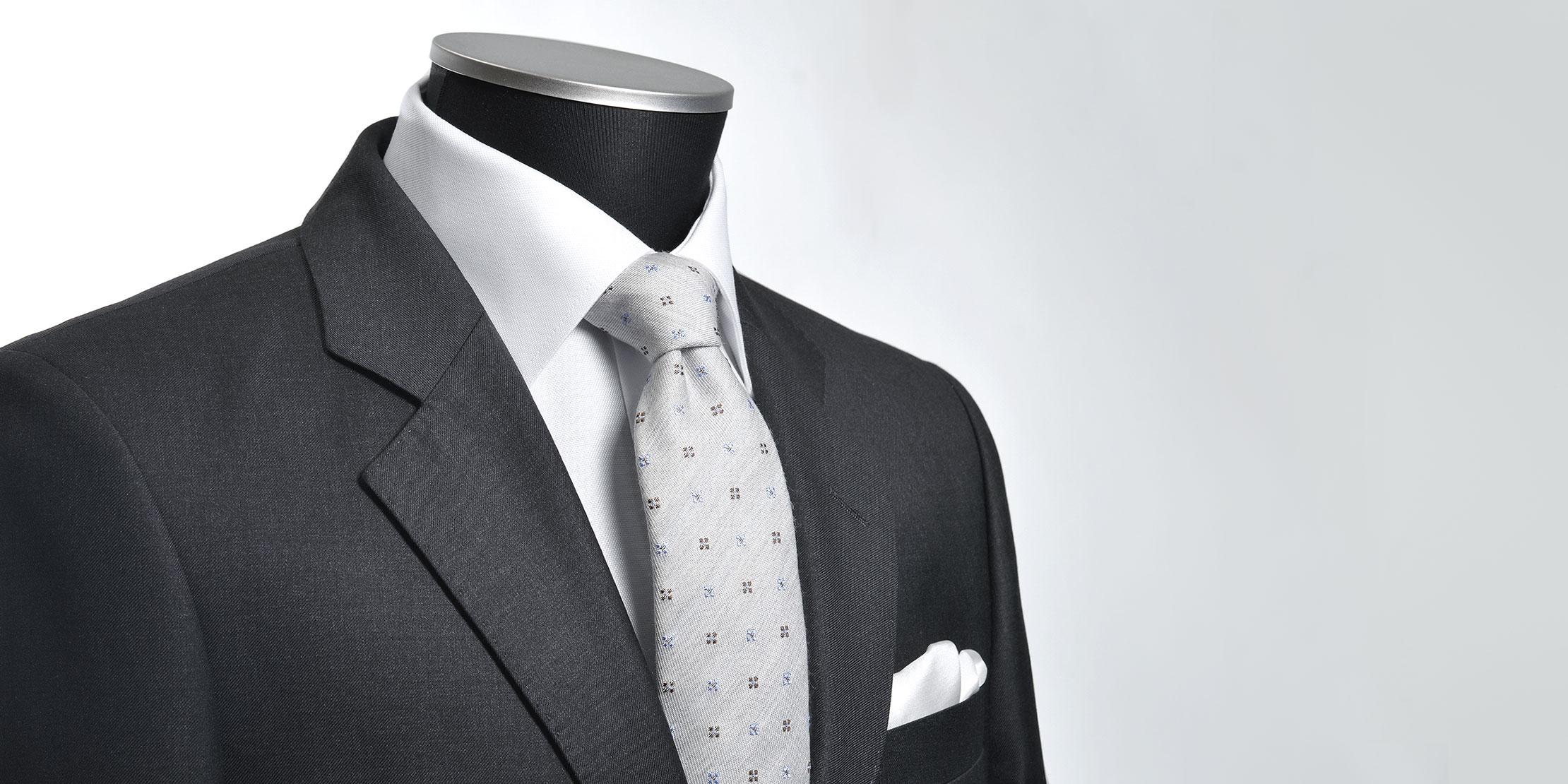 Koksgrå ensfarget dress til jobb fra Viero Milano