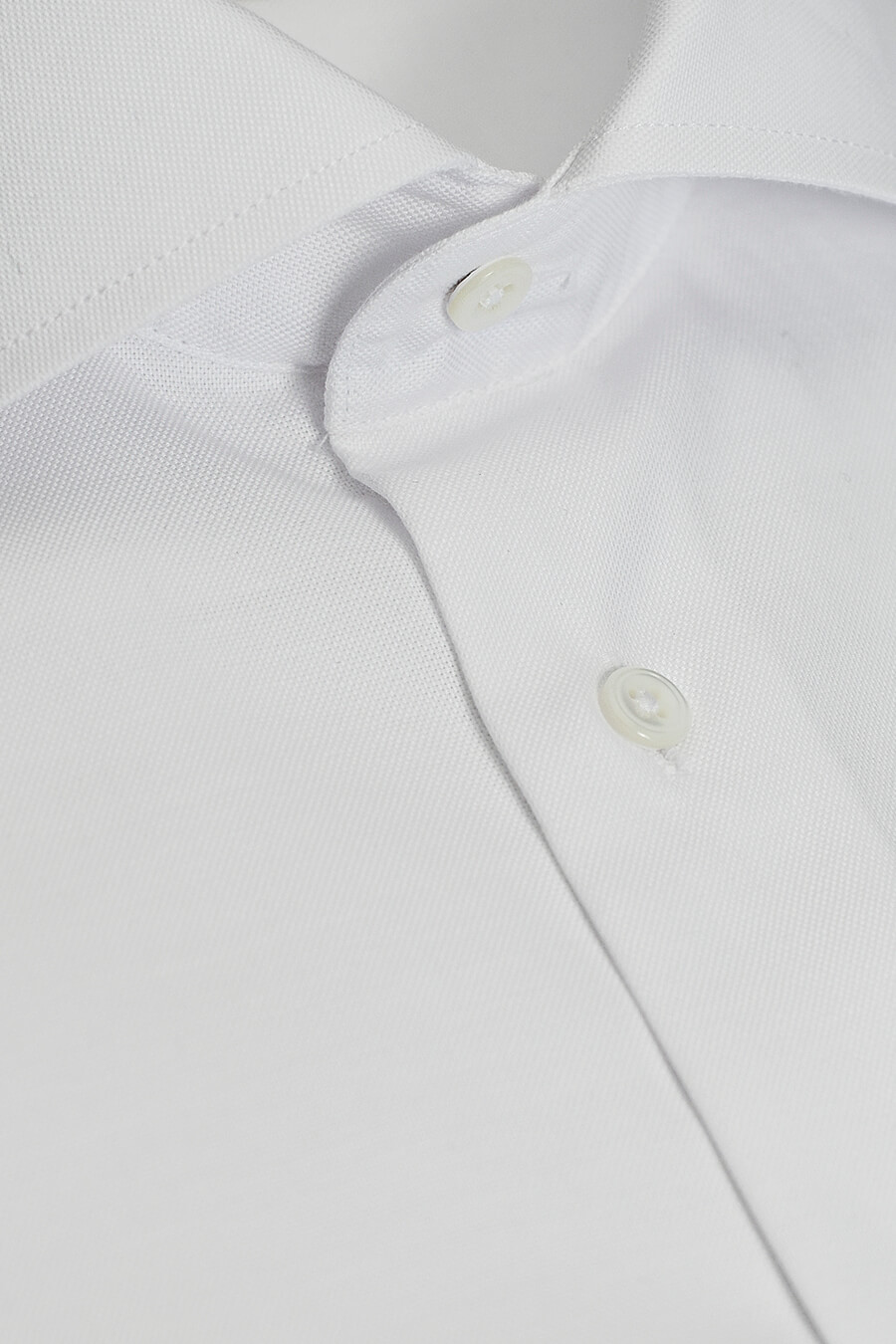 Hvit ensfarget skjorte fra Viero Milano