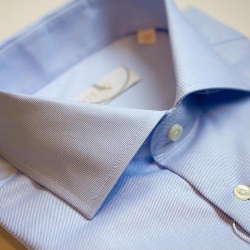 B501 Viero Milano lyseblå skjorte