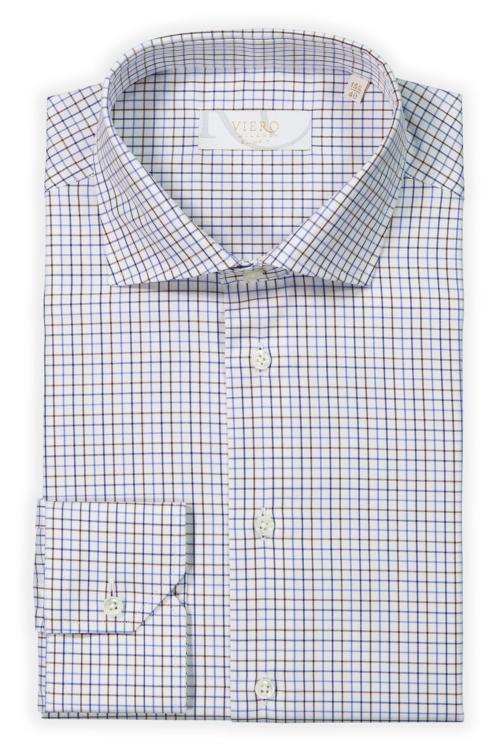 Hvit skjorte med blå og brune ruter.