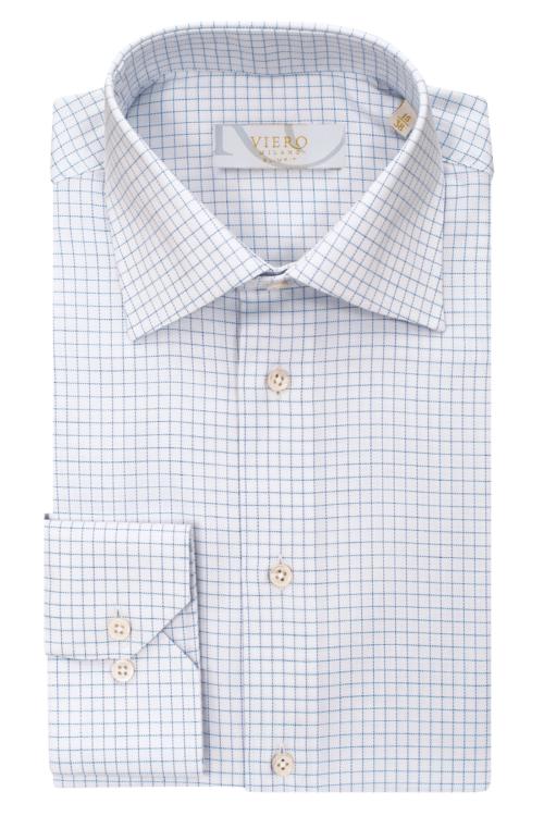 Hvit skjorte med lyseblå ruter