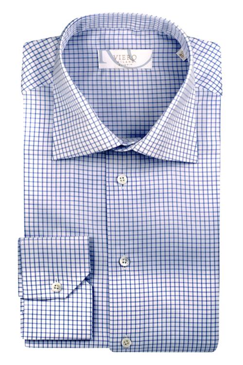skjorte med blå ruter