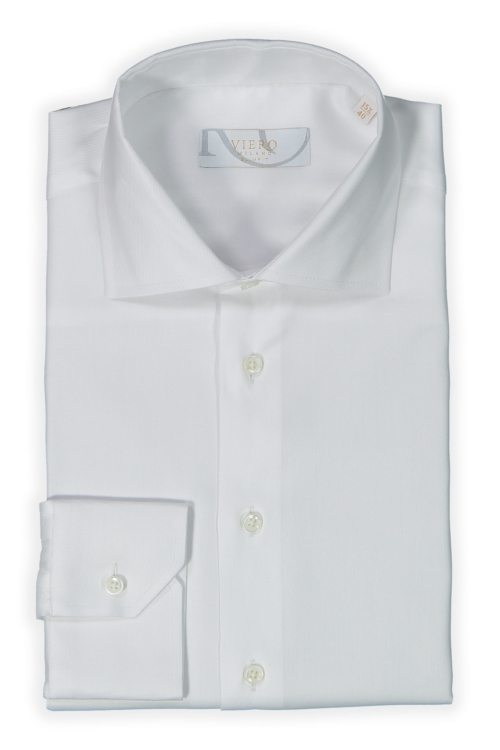 hvit strykefri skjorte