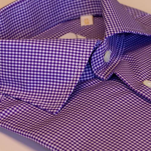 Lilla småmønstret skjorte fra Viero Milano. Stoff fra Thomas Mason