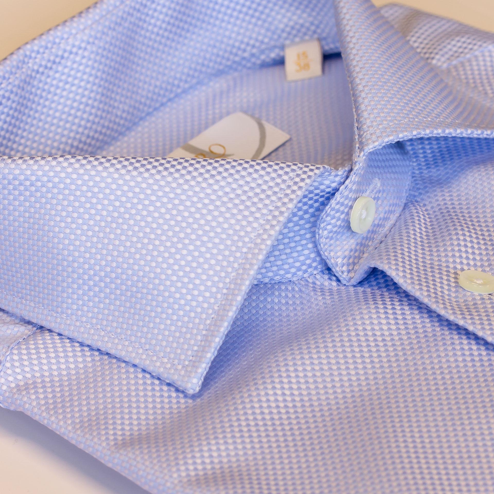 Smokingskjorte, klassisk krage i slimfit modell fra Viero Milano