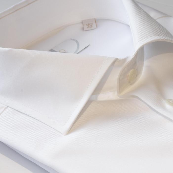 Hvit skjorte til dress. Menswear Hegdehaugsveien