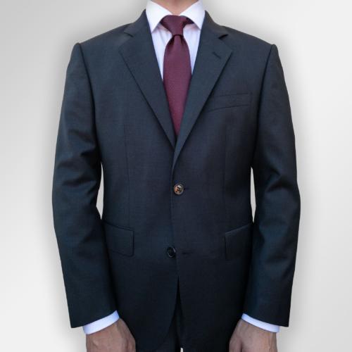Koksgrå ensfarget dress fra Viero Milano. Tilgjengelig i Oslo og Trondheim